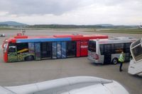 Zurich International Airport - Separate bus for business class passengers - by Micha Lueck