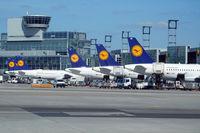 Frankfurt International Airport - Lufthansa home base - by Micha Lueck