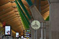Portela Airport (Lisbon Airport), Portela, Loures (serves Lisbon) Portugal (LPPT) - terminal 4 Madrid Barajas - by JC Ravon - FRENCHSKY