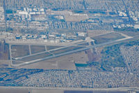 Los Alamitos Aaf Airport (SLI) - Taken from B737-800 (N3749D) LAX-CUN - by Micha Lueck