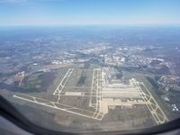 Washington Dulles International Airport (IAD) photo