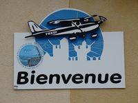 Sarlat Domme Airport, Sarlat France (LFDS) photo