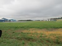 Sylvania Airport (C89) - run down and empty! - by magnaman