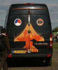 Châteaudun Airport - Logistic support vehicle F16 demo team, Chateaudun Air Base 279 (LFOC) - by Yves-Q