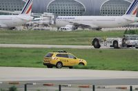 Paris Charles de Gaulle Airport (Roissy Airport) - Taxiway security, Roissy Charles de Gaulle airport (LFPG-CDG) - by Yves-Q
